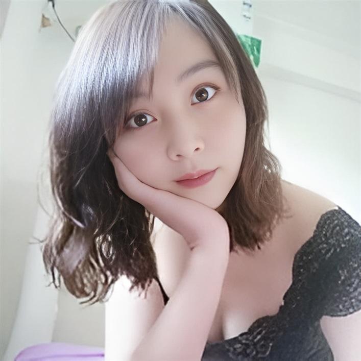 [ 兮月 ] 介紹