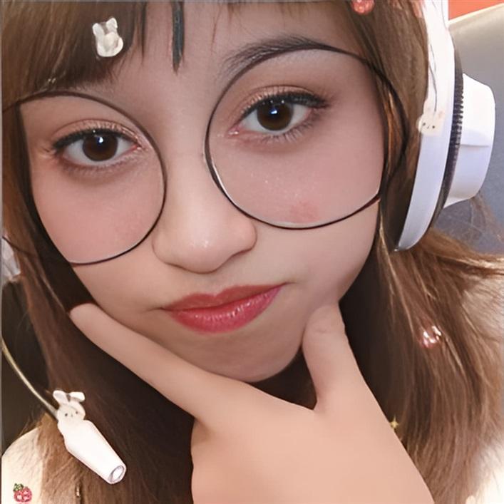 [ 筱妍 ] 介紹